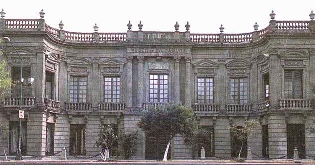 Palacio de los Condes de Buenavista, Museo de San Carlos