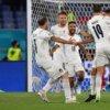 Italia cumple en su debut en la Euro 2021